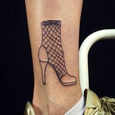 70 Incredible Handpoked Tattoo Designs Which Are Worth the Pain Stick N Poke Tattoo, Stick And Poke, Handpoked Tattoo, Body Art, Tattoo Designs, The Incredibles, Tattoos, Berlin, High Heels