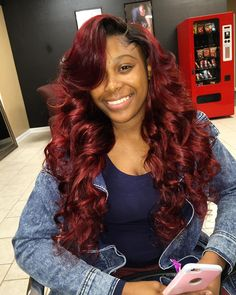 Full sew with lace closure. W| custom ruby color  Hair provider : @_raediva lol  For PRICING LOCATION and SCHEDULING use the link in the bio! See you soon divas! Please read ALL details when scheduling. Allow up to 24 hrs for a response to texts. #hairbyraediva #batonrougestylist #brhair #batonrouge #hair #middlepart -#centerpart #shorthair #redhair #celebritystyle #bob #bang #su #lsu #winter #louisianastylist #lahair #laceclosure #noleaveout #minglee #neworleansstylist #sewin #quickweave…
