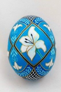Pysanky and Batik Eggs by Dore | Beautiful!
