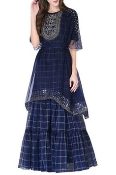 Buy Kurta Sharara Set by Neha & Tarun at Aza Fashions Pakistani Formal Dresses, Indian Gowns Dresses, Pakistani Dress Design, Stylish Dresses For Girls, Stylish Dress Designs, Kurti Designs Party Wear, Lehenga Designs, Frock Fashion, Fashion Dresses