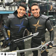 Credit @jordilegit   This was a fun day on set with @petersadrian