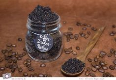Peeling selber machen: Kaffee-Zucker-Peeling mit Orangenöl schnell selbstgemacht