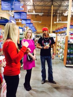 Bret recently met with designers and managers at Petsmart and we are excited to announce that cat toys and accessories have been added to the Bret Michaels' Pets Rock collection exclusively at Petsmart and are available in stores now. Be sure to pick up yours today and make your cat rock!    - Team B*M*B
