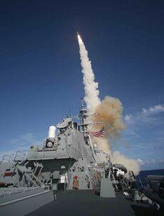 File:SM-3 launch-USS Decatur.