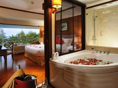 Honeymoon Room Decoration 2014