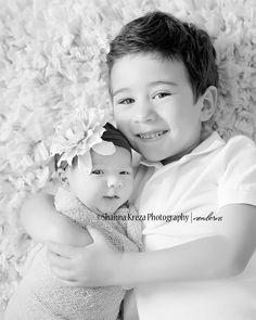 newborn and sibling photography | Newborn Photographer, Newport Beach CA | Newborn Baby Girl