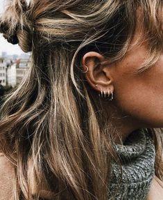 Ideas For Piercing Oreja Kylie Circle Earrings, Boho Earrings, Crystal Earrings, Stud Earrings, Ear Peircings, Cute Ear Piercings, Minimalist Earrings, Minimalist Jewelry, Piercing Face