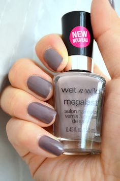 Wet n' Wild: Wet Cement I love this color so much