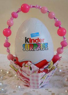 Easter Egg basket princess style. Full DIY tutorial here http://madebysini.blogspot.com