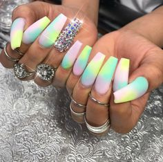 Pinterest @Hair,Nails,And Style  Styled : Queen Of Nails