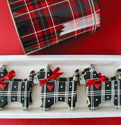 Scottie cookies - by The Piped Cookie @ https://www.facebook.com/pages/The-Piped-Cookie/130890173678367