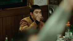 Do Kyungsoo at Room No. Kyungsoo, Chanyeol, Korean Drama Movies, Korean Dramas, Exo Do, Black Pink Kpop, That's Love, Kpop Groups, Kdrama