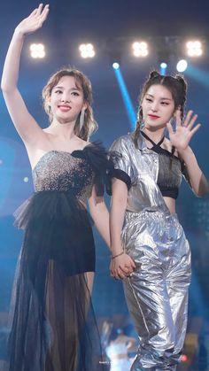 Photo album containing 3 pictures of Yeji, Nayeon Kpop Girl Groups, Korean Girl Groups, Kpop Girls, Fandom Kpop, Sana Momo, Nayeon Twice, Girls Together, I Love Girls, Prom Dresses