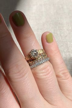 Antique Rings, Antique Jewelry, Gold Jewelry, Jewelry Rings, Vintage Jewelry, Jewellery, Victorian Engagement Rings, Dream Engagement Rings, Diamonds And Gold