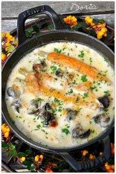 """Cassolettes of snails with yellow wine and french cheese """"Morbier"""" Wine Recipes, Great Recipes, Healthy Recipes, Vegetable Prep, Paris Food, French Dishes, French Food, Lobster Recipes, Recipes From Heaven"""