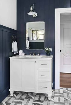 Our Go-To Cabinet Hardware Placement   60 Of Our Shoppable Favorites - Emily Henderson #hardware #kitchentrends #bathroomtrends #cabinethardware Bathroom Trends, Bathroom Ideas, Bathroom Designs, Bathroom Inspiration, Wood Closet Doors, West Home, Traditional Bathroom, Modern Spaces, Decorating Small Spaces