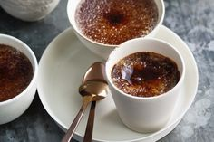 Chocolate creme brulee - You only need four ingredients to make these single-serve pots of perfection!