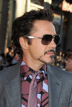 The Balbo Is Widely Por Beard Style And Credit Goes To Robert Downey Jr Who Had In Iron Man It Makes A Person Look Attractive Eyes