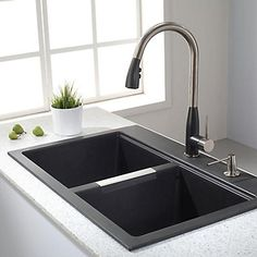 shop kraus kitchen sink 22 in x 33 in black onyx double basin
