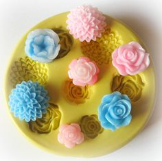 Cabochon Mold Resin Clay Silicone Flexible Flower by WhysperFairy, $7.95 check this out @Jenny Neff-Hickman can we make our own with this??