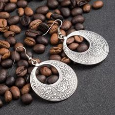 Stylish, beautifully engraved ethinic earrings. A wonderful gift. Handcrafted.   #Earrings #Jewellery #Mindfulness #Asia #India #Golden