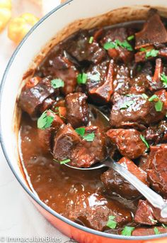 Pepperpot - a popular meat stew in Guyana and the Caribbean simmered slow and low in a sauce flavored with cinnamon and cassareep that gets better over the time. Jamaican Recipes, Pork Recipes, Cooking Recipes, Drink Recipes, Pepperpot Recipe, Caribbean Recipes, Caribbean Food, Trinidad Y Tobago, Sunday Dinner Recipes