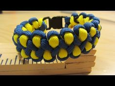How To Make A Dragon Claw Paracord Bracelet - YouTube