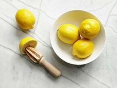 When you have a recipe—or a cocktail—that calls for fresh-squeezed lemon, lime, or orange juice, giv... - fotosearch.com