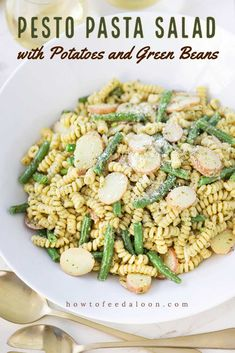 Pasta With Green Beans, Green Beans And Potatoes, Side Dish Recipes, Pasta Recipes, Side Dishes, Pesto Potatoes, Potato Pasta, Pesto Pasta Salad, Cold Pasta