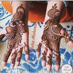 Here are some simple mehendi designs which will intimidate you to try it for yourself without the need for any special occasion. Arabian Mehndi Design, Khafif Mehndi Design, Floral Henna Designs, Latest Bridal Mehndi Designs, Mehndi Designs Book, Simple Arabic Mehndi Designs, Indian Mehndi Designs, Stylish Mehndi Designs, Mehndi Designs 2018