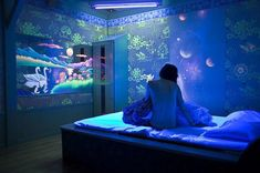 """Perfect lighting and wallcolor for an """"underwater"""" theme bedroom: underwater theme bedroom; nerd bedroom"""
