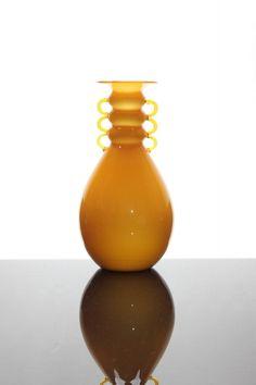 """** Vittorio Zecchin, 1930 Vase """"Opalino-Incamiciato"""" V.S.M., Venini & Co., Murano"""