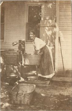 LAUNDRY PHOTO - 1916 Farm Gal in Apron on the Porch doing Laundry - wash pails, wringer, basket ,washboard - great for laundry room 1916 Farm Gal in Apron. Farm Gal in Apron. Antique Photos, Vintage Pictures, Old Pictures, Vintage Images, Old Photos, Vintage Laundry, Vintage Farm, Deviant Art, The Good Old Days