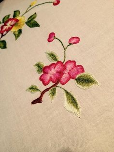 imperial embroidery workshop at blossom art house Ha Noi