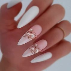 Luxury Nail Art Trends Ideas You Will Love Now All made with Ugly Duckling products ❤ Wedding Acrylic Nails, Best Acrylic Nails, Acrylic Nail Designs, Wedding Nails, May Nails, Hair And Nails, Elegant Nails, Stylish Nails, Cute Nails
