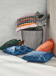 Throw Pillows, Bed, Pillows, Pinboard