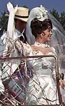Maggie DuBois (Natalie Wood) from The Great Race The Great Race, Great Love, Celine Dion Wedding, Denver Pyle, Blake Edwards, Edith Head, Most Beautiful Wedding Dresses, Tony Curtis, Natalie Wood