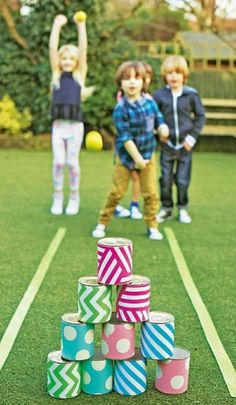 Make your Easter party overflow with fun & excitment with these fun Easter games for kids. These Easter games and activities are just perfect. Fun Games, Party Games, Team Games, Easy Kid Games, Outdoor Bowling, Outdoor Fun, Outdoor Ideas, Diy For Kids, Crafts For Kids