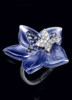 Lorenz B.umer 18K white gold diamond and amethyst ring., ht