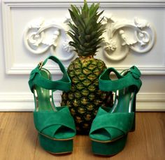 Someone who loves their pineapple as much as shoes!!??