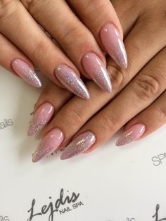 Dzień dobry    SPN UV LaQ 508 Pudding French Nails by Asia, Salon Lejdis, #SPNTeam #spn #nails #paznokcie #inspiracje #inspirations #glittery #brokat #glitterynails #longnails #beauty