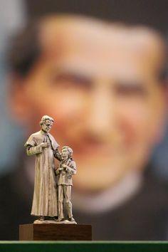 Diy Clothes Videos, Baroque, Saints, St John Bosco, Catholic Art, Virgin Mary, Lord, Statues, Paintings