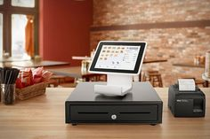Square Stand Turns Your iPad Into A Full-Featured Cash Register