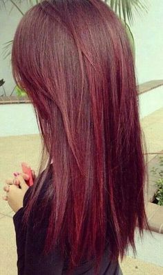 If I were ever to go red, this is how to do it Hair Styles 2014, Long Hair Styles, Hair 2014, Perfect Red Lips, Soft Layers, Beauty Room, Red Hair Color, Hair Colors, Long Hair Cuts