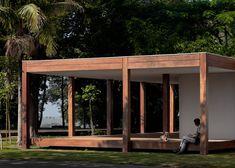 Fazenda Boa Vista Golf Clubhouse / Isay Weinfield