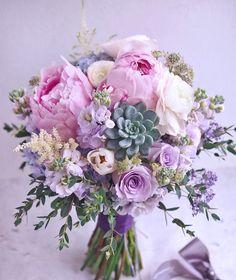 Ideas For Bridal Bouquet Spring Wedding Magazines Spring Wedding Bouquets, Bride Bouquets, Flower Bouquet Wedding, Floral Bouquets, Lavender Bouquet, Purple Wedding, Floral Wedding, Wedding Colors, Trendy Wedding