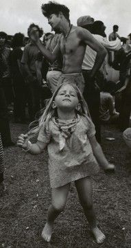 "Woodstock - ""my Dad took me to this place with a million people. i think it was called Woodstock"" Festival Woodstock, Woodstock Music, Woodstock Photos, Woodstock Poster, 1969 Woodstock, Woodstock Concert, Woodstock Hippies, Janis Joplin, Jolie Photo"