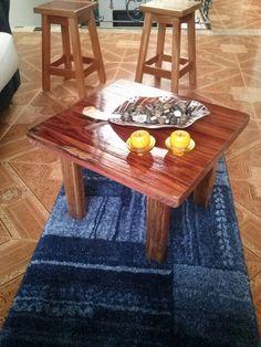 mesa de centro en madera rustica