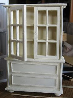 Casey's Minis: On a Hutch.......