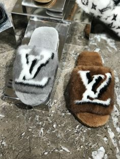LV home mink fur slippers in grey & brown colors by PSL Louis Vuitton Slippers, Louis Vuitton Shoes, Lv Slippers, Bedroom Slippers, Hype Shoes, Heels Outfits, Shoe Closet, Luxury Shoes, Shoe Game